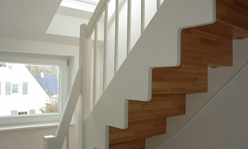 treppenbauer treppenanbieter in aalen finden sie treppenbauer f r ihre pers nliche treppe. Black Bedroom Furniture Sets. Home Design Ideas