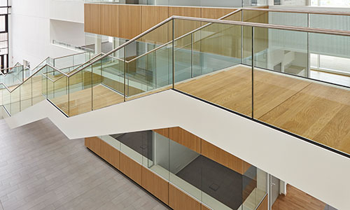 metallart metallbau schmid gmbh 73084 salach designtreppe in stahl und holz treppen. Black Bedroom Furniture Sets. Home Design Ideas