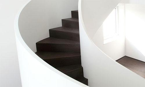 moderne treppengel nder schicke treppengel nder versch nern das moderne treppenhaus treppengel. Black Bedroom Furniture Sets. Home Design Ideas