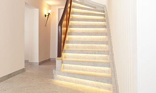 werthebach renovieren neu gedacht flur treppe licht finden sie treppenbauer f r ihre. Black Bedroom Furniture Sets. Home Design Ideas
