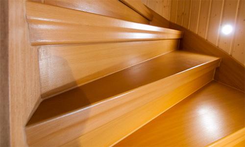 tilo hornoff renovierung plz 01731 kreischa treppenrenovierung als alternative zum neubau. Black Bedroom Furniture Sets. Home Design Ideas