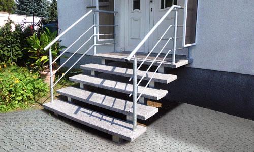 fimexo gmbh plz 17309 rollwitz hauseingangstreppe mit au enanlage finden sie treppenbauer. Black Bedroom Furniture Sets. Home Design Ideas