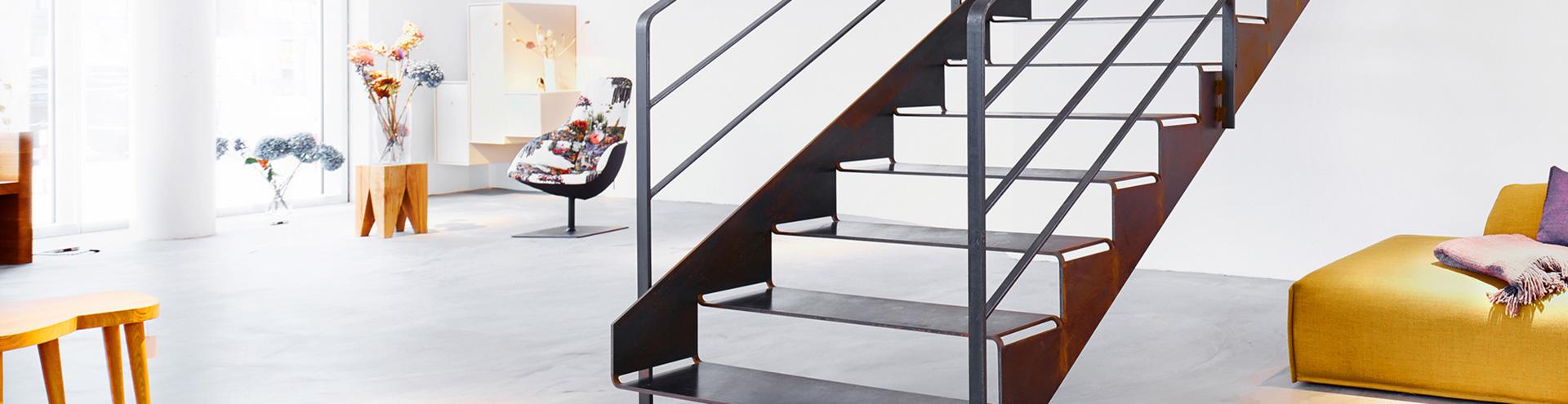 spitzbart treppen finden sie treppenbauer f r ihre. Black Bedroom Furniture Sets. Home Design Ideas