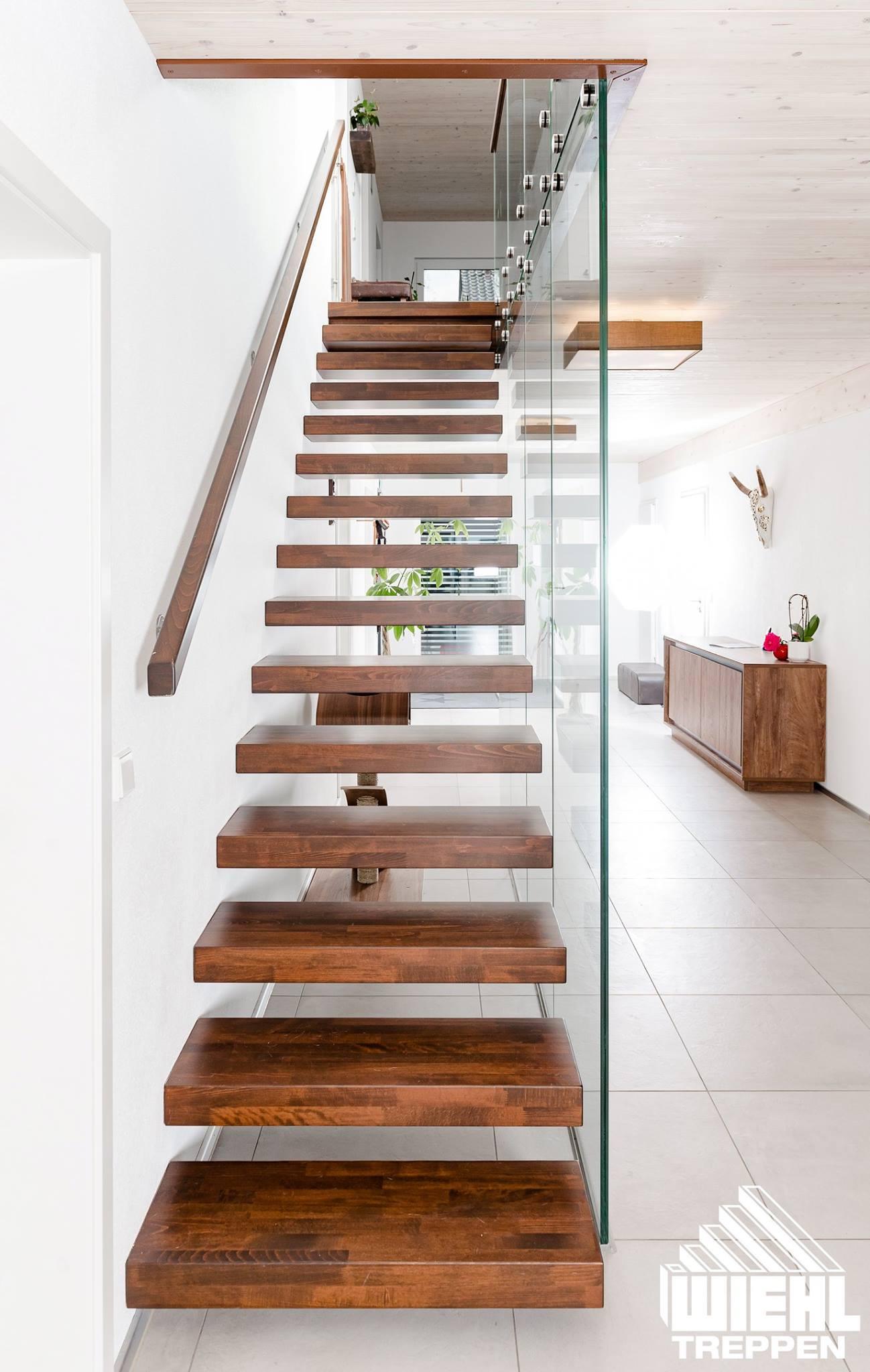 treppe glaswand