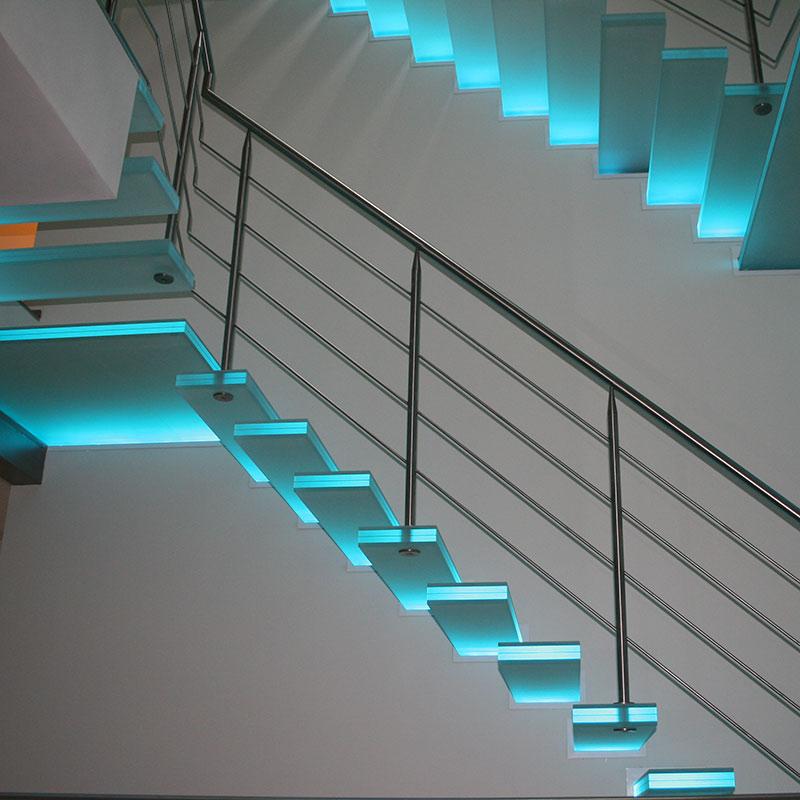 glastreppen tagsuche nach glastreppen finden sie treppenbauer f r ihre pers nliche treppe. Black Bedroom Furniture Sets. Home Design Ideas
