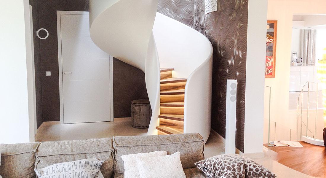 siller treppen plz 81545 m nchen spindeltreppe als designtreppe finden sie treppenbauer. Black Bedroom Furniture Sets. Home Design Ideas