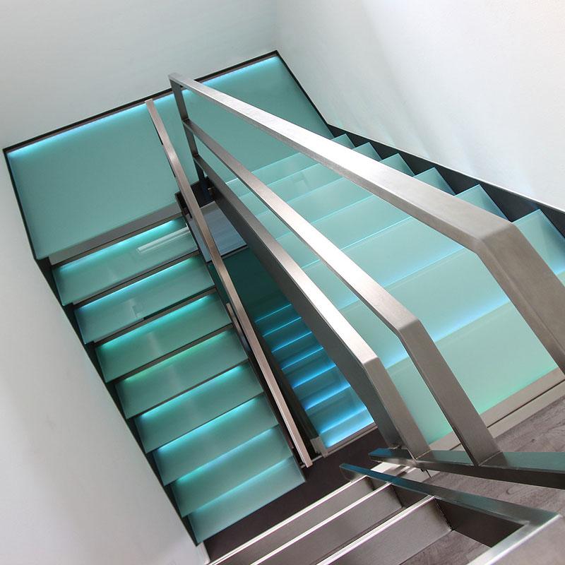 designtreppen tagsuche nach designtreppen finden sie treppenbauer f r ihre pers nliche treppe. Black Bedroom Furniture Sets. Home Design Ideas
