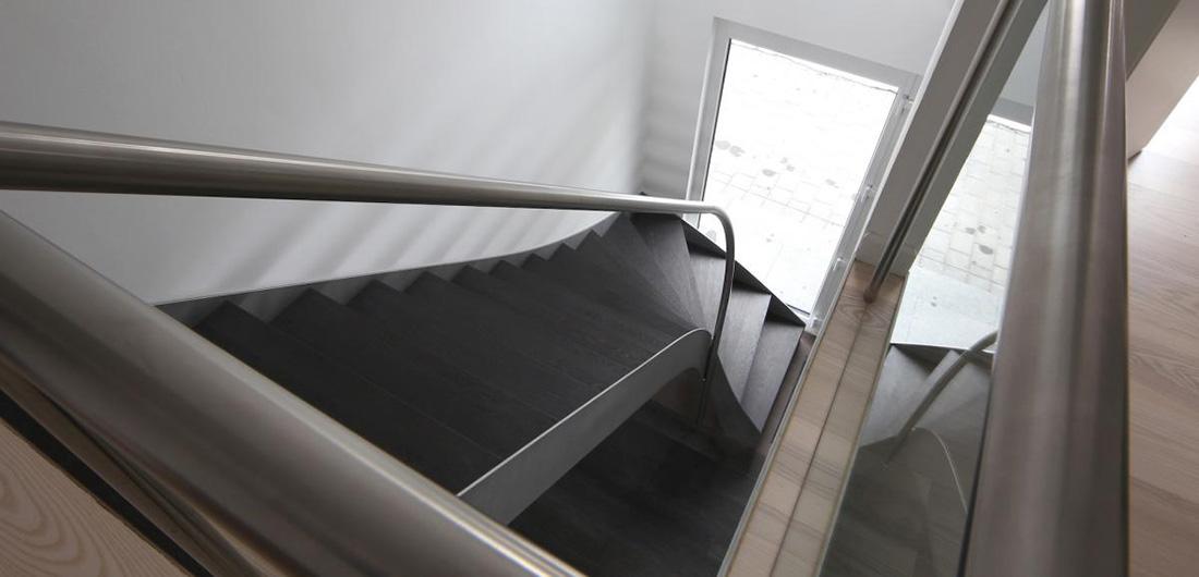 Treppenbau Hamburg bewas treppenstudio plz 22525 hamburg stahlwangentreppe mit