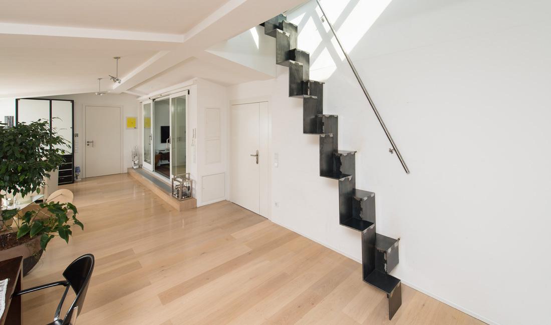 spitzbart treppen plz 80802 m nchen raumspartreppe als. Black Bedroom Furniture Sets. Home Design Ideas