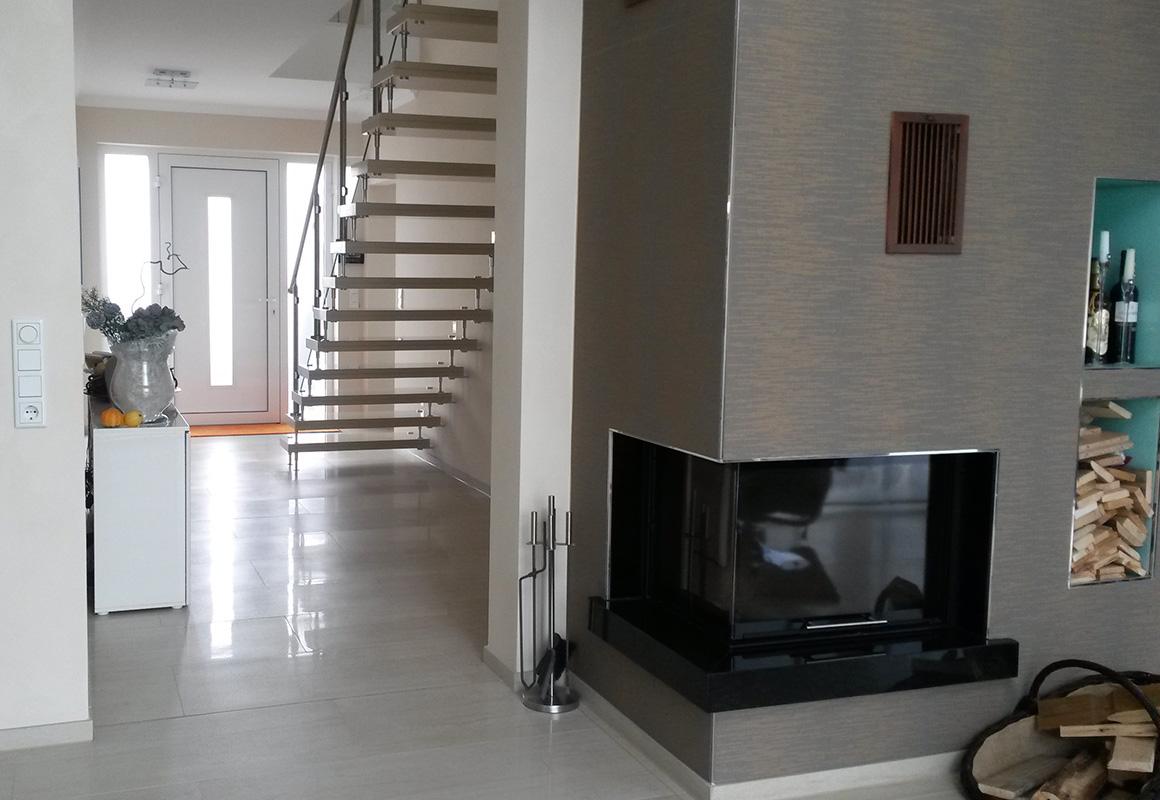 granit expert plz 33605 bielefeld freitragende bolzentreppe aus quarzkomposit finden sie. Black Bedroom Furniture Sets. Home Design Ideas
