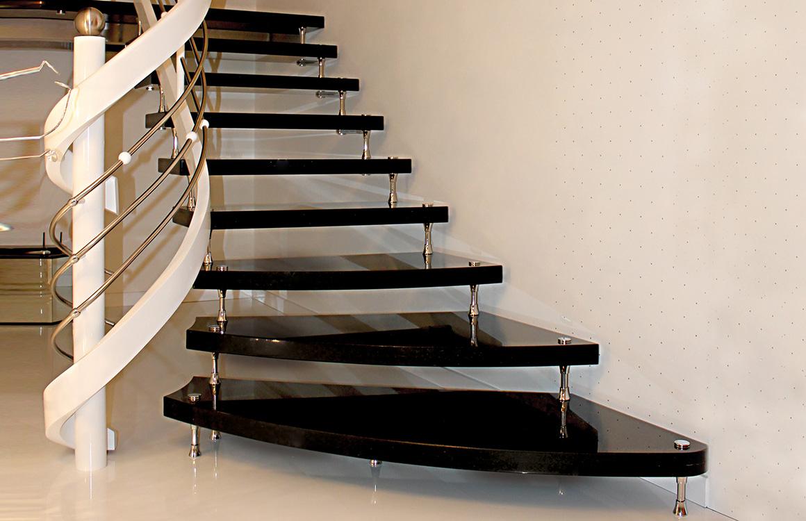 klepfer naturstein gbr plz 32699 extertal freitragende. Black Bedroom Furniture Sets. Home Design Ideas