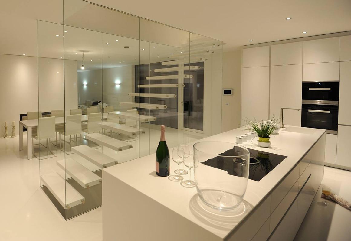 thomaseth | treppenbau-scale: Freitragende Designtreppe im ...