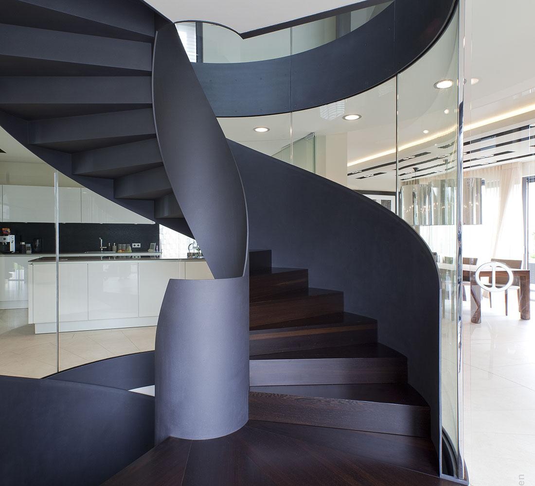 nautilus treppen plz 07937 zeulenroda wendeltreppe aus stahl mit holzstufen finden sie. Black Bedroom Furniture Sets. Home Design Ideas
