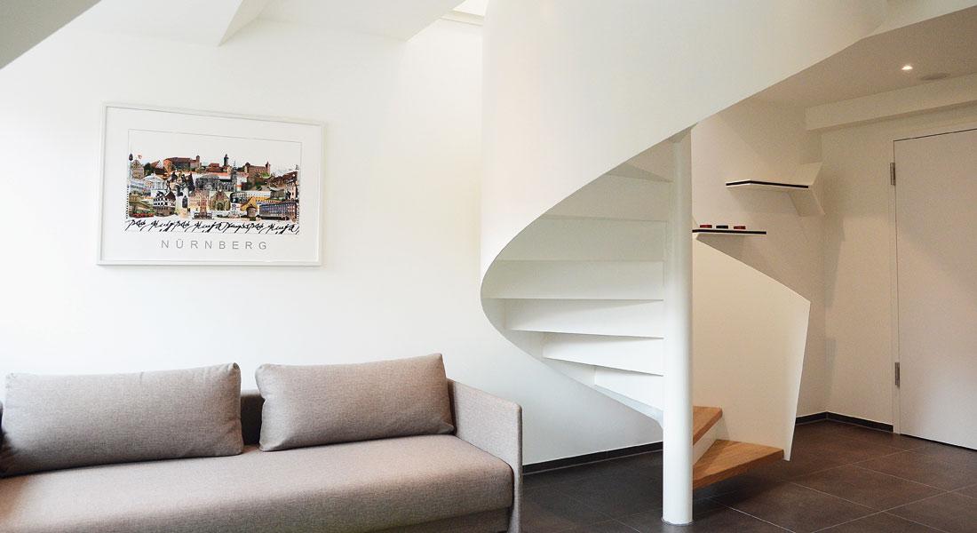 spitzbart treppen gmbh plz 80802 m nchen spindeltreppe aus stahl mit holzstufen finden sie. Black Bedroom Furniture Sets. Home Design Ideas