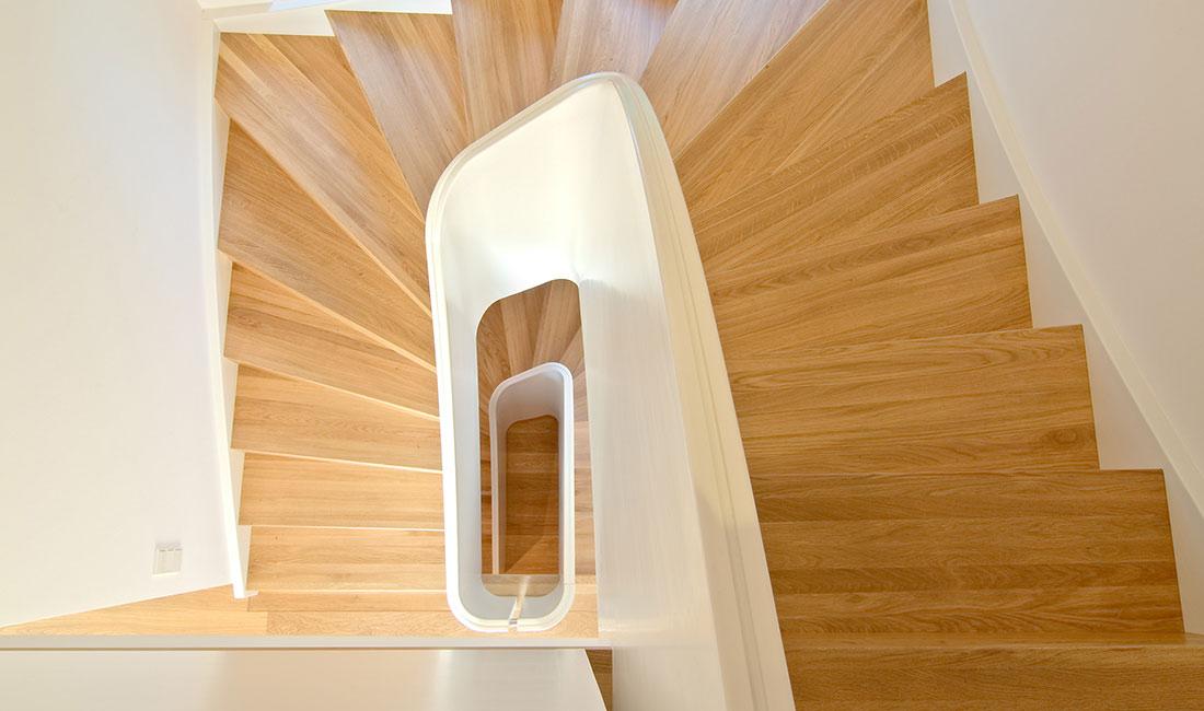 melby treppen plz 24619 bornh ved massivholztreppe mit br stungshohem gel nder treppen. Black Bedroom Furniture Sets. Home Design Ideas