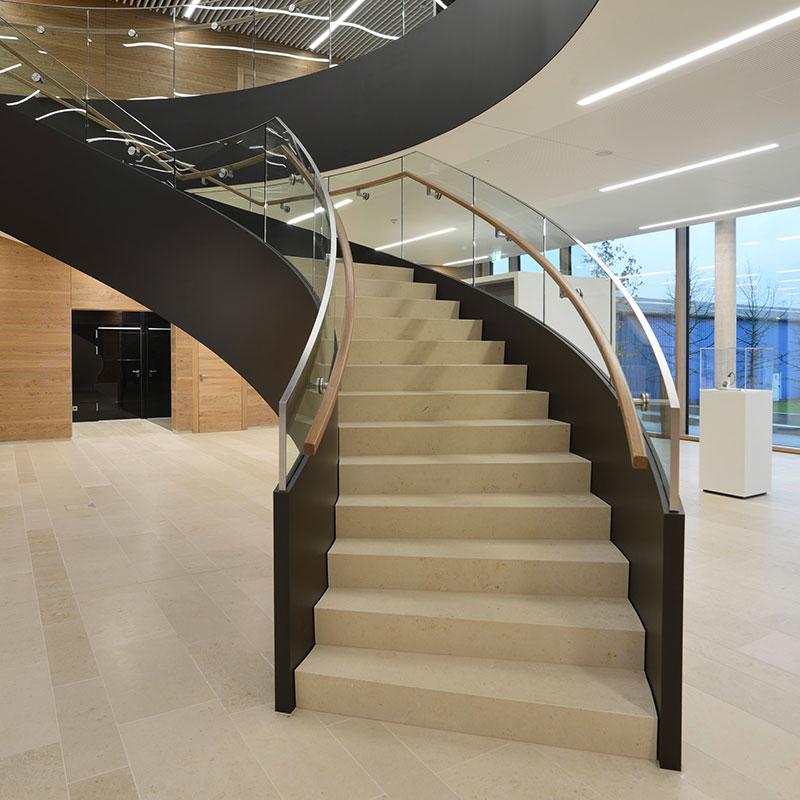 alle treppen varianten finden sie treppenbauer f r ihre. Black Bedroom Furniture Sets. Home Design Ideas