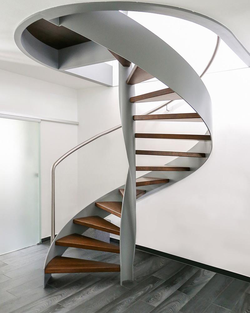 hier sind die gewinner finden sie treppenbauer f r ihre pers nliche treppe. Black Bedroom Furniture Sets. Home Design Ideas