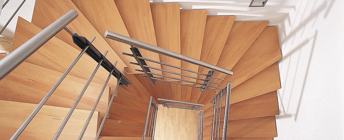 fuchs treppen plz 88518 herbertingen holztreppe mit edelstahl gel nder finden sie. Black Bedroom Furniture Sets. Home Design Ideas